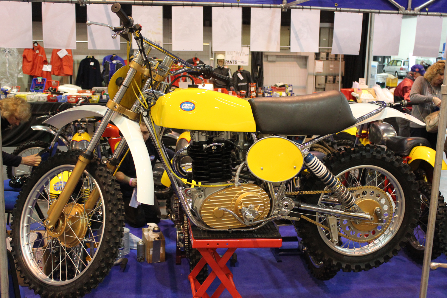 classicdirtbikerider.com-photo by Mr J-2015 Telford classic dirt bike show-CCM SCRAMBLER