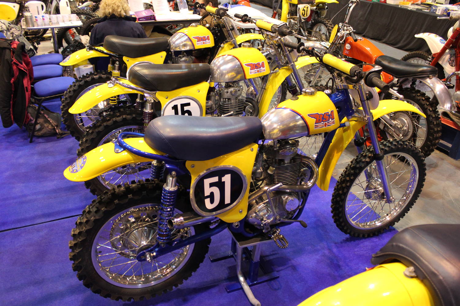 classicdirtbikerider.com-photo by Mr J-2015 Telford classic dirt bike show-LINE UP OF FANTASTIC BSA SCRAMBLERS