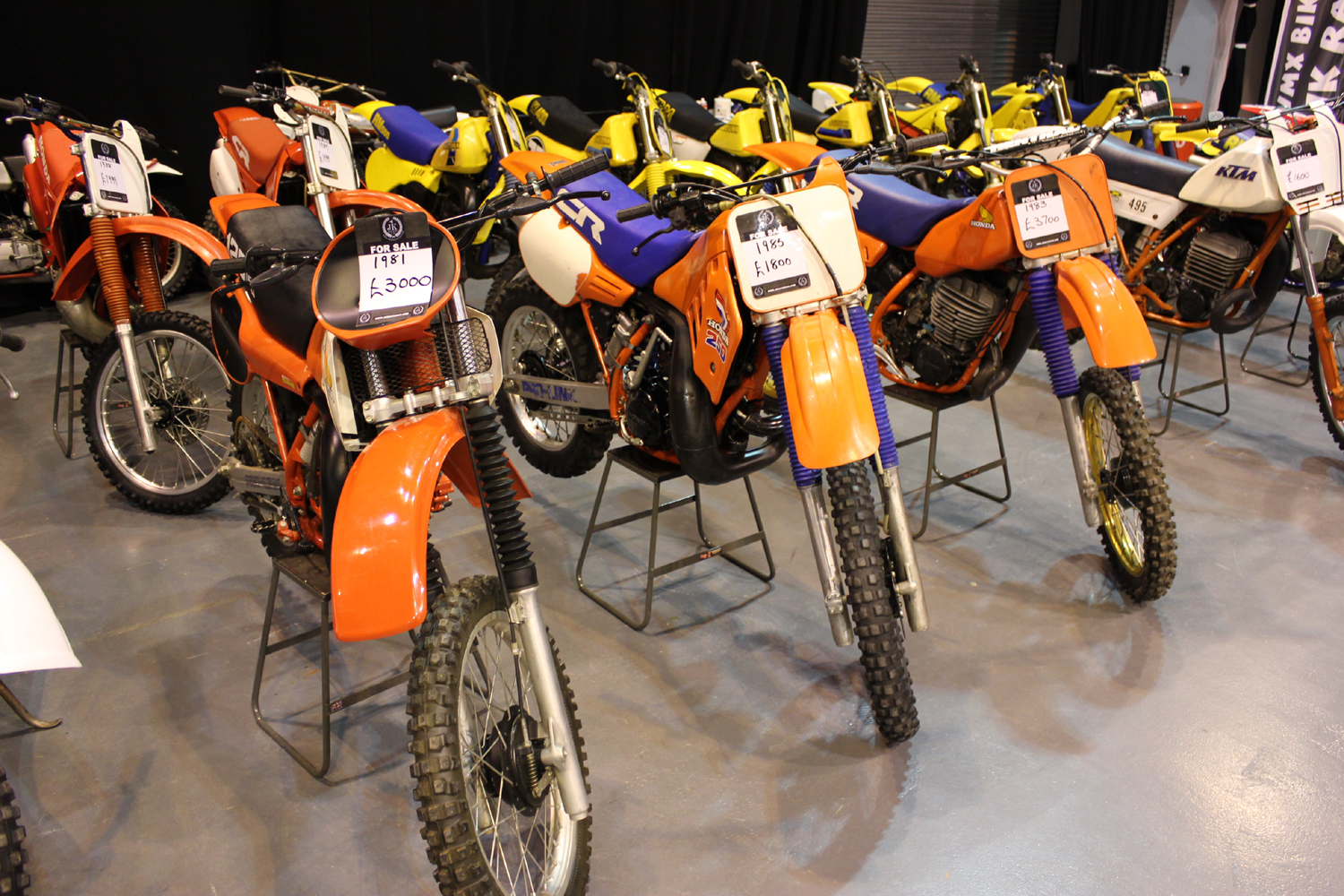 classicdirtbikerider.com-photo by Mr J-2015 Telford classic dirt bike show-LINE UP OF HONDA CR EVO BIKES FOR SALE