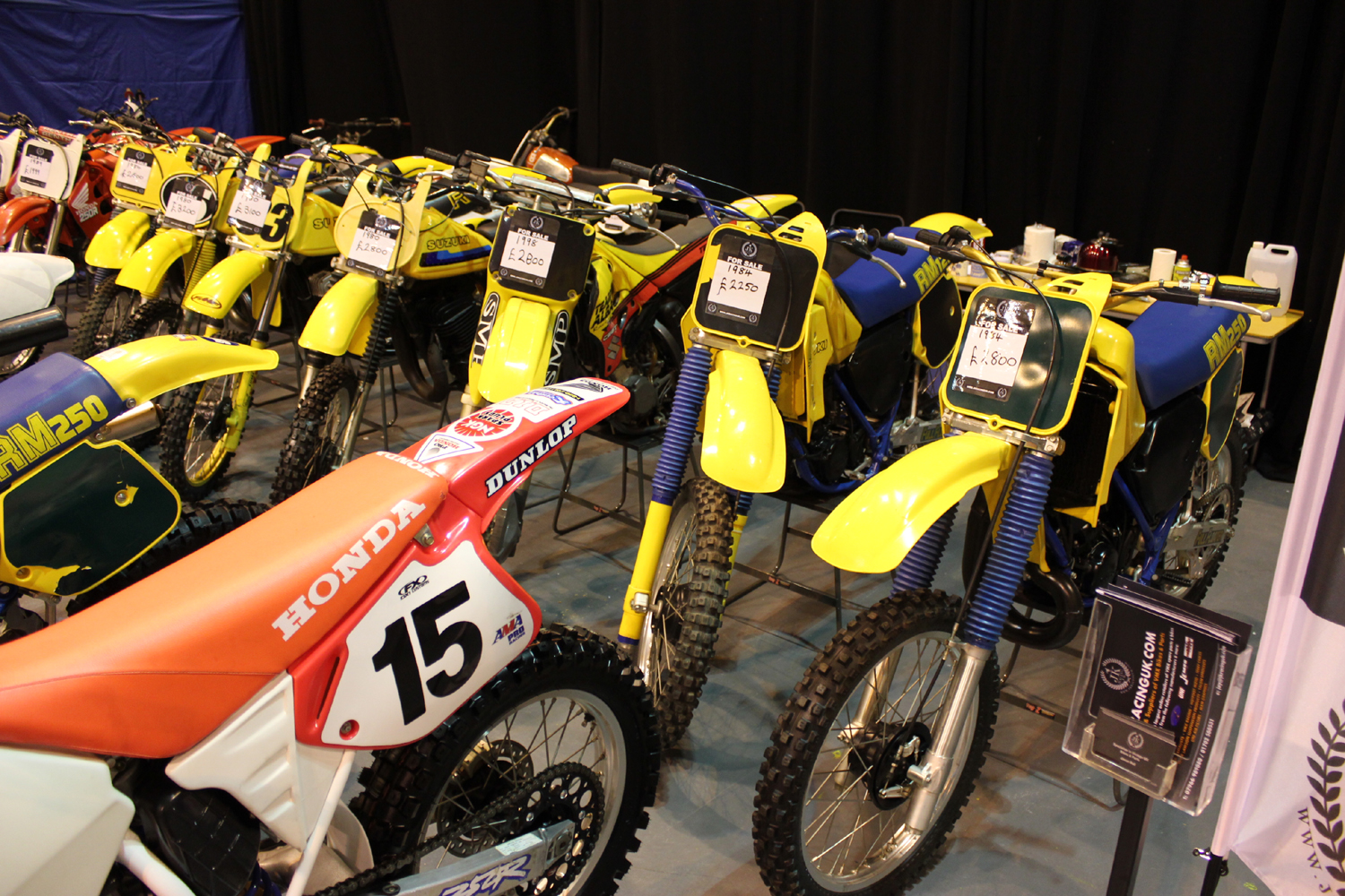 classicdirtbikerider.com-photo by Mr J-2015 Telford classic dirt bike show-SUZUKI RM MX BIKES FOR SALE