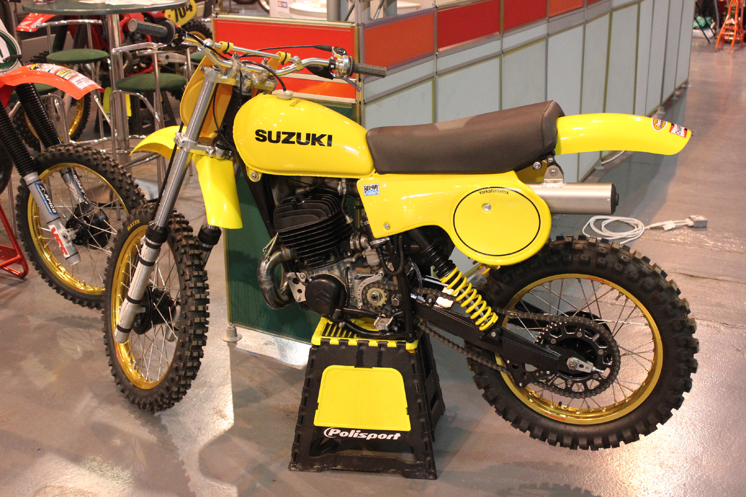 classicdirtbikerider.com-photo by Mr J-2015 Telford classic dirt bike show-SUZUKI RM TWINSHOCK BIKE