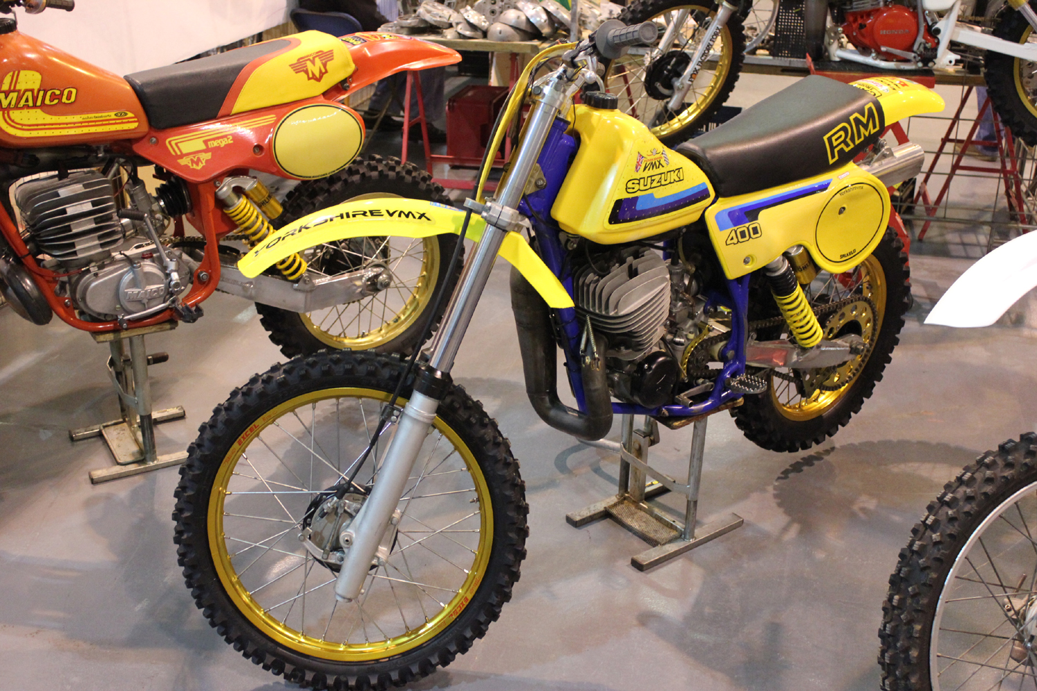 classicdirtbikerider.com-photo by Mr J-2015 Telford classic dirt bike show-SUZUKI RM400 TWINSHOCK