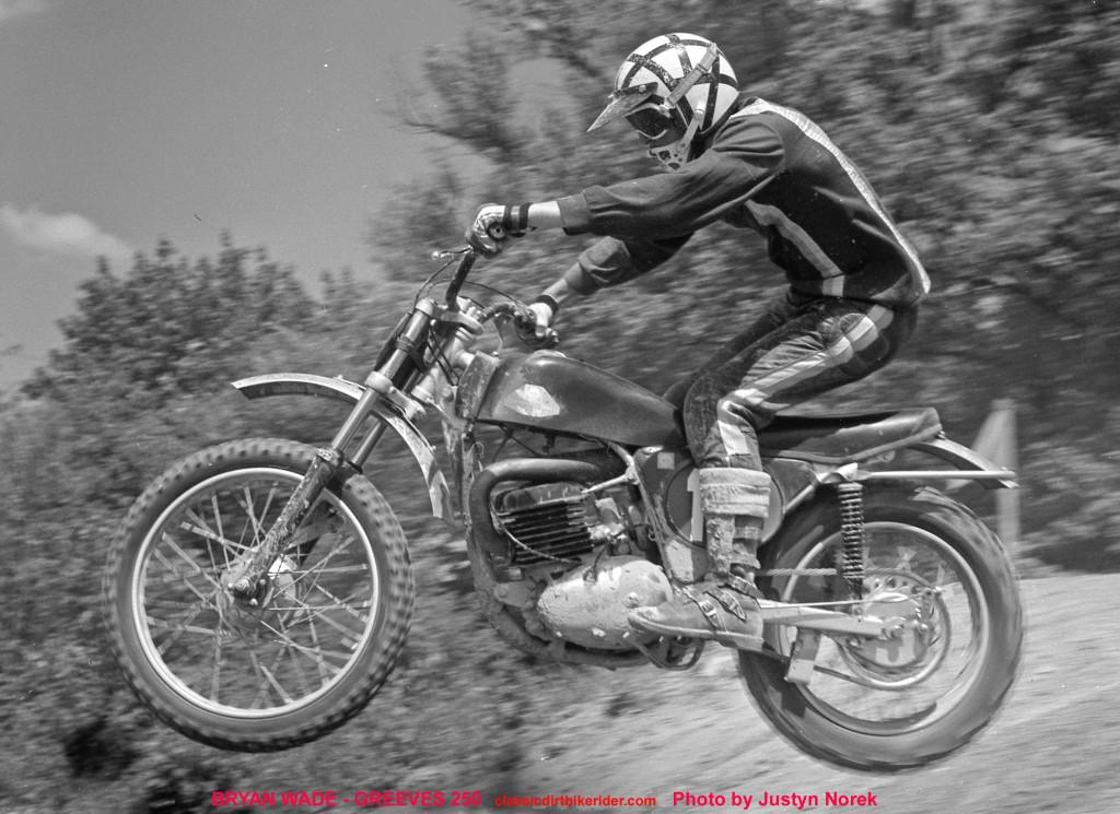 BRYAN WADE - GREEVES 250..Photo by Justyn Norek-classicdirtbikerider.com