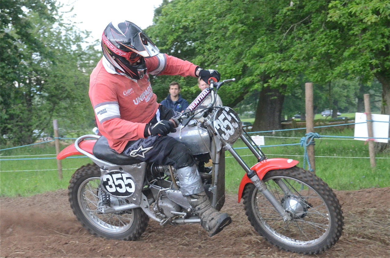 cholmondeley pageant of power 2015 classic scramble demonstration races classicdirtbikerider.com 2