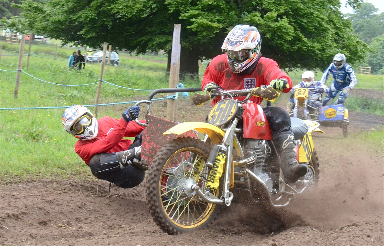 cholmondeley pageant of power 2015 classic scramble demonstration races classicdirtbikerider.com SIDECAR 2