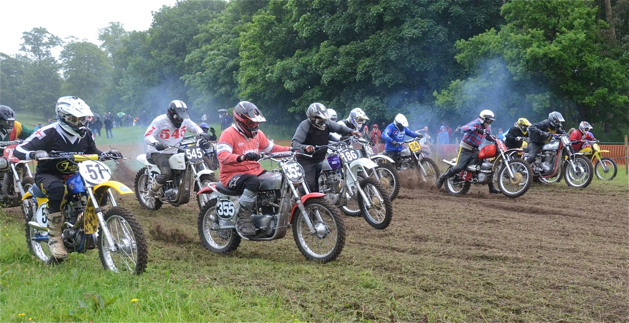 cholmondeley pageant of power 2015 classic scramble demonstration races classicdirtbikerider.com start 1
