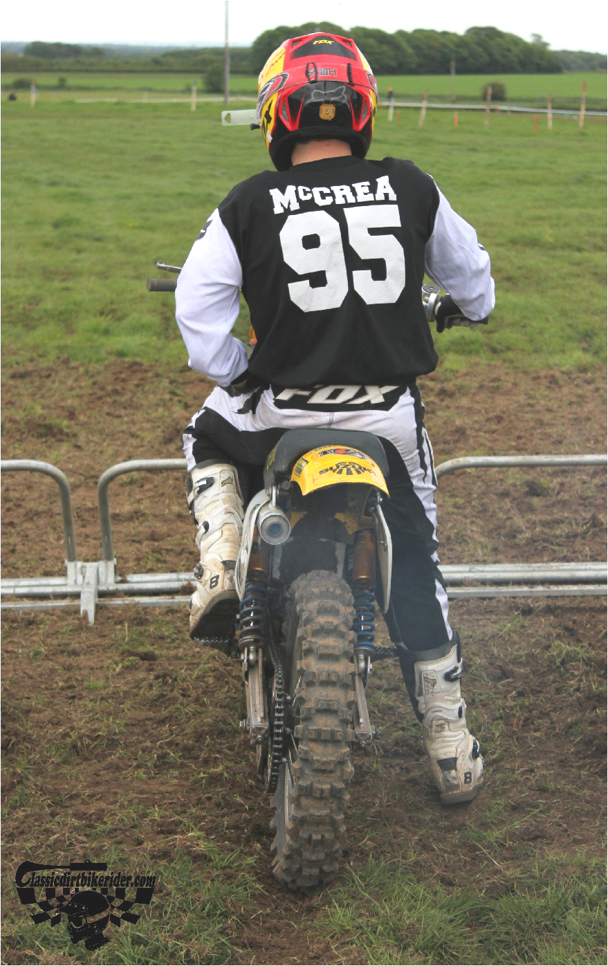 classicdirtbikerider.com-national-twinshock-championship-2015-Garstang-at the start gate ready to race 1