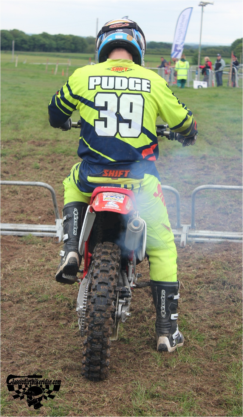 classicdirtbikerider.com-national-twinshock-championship-2015-Garstang-at the start gate ready to race 5