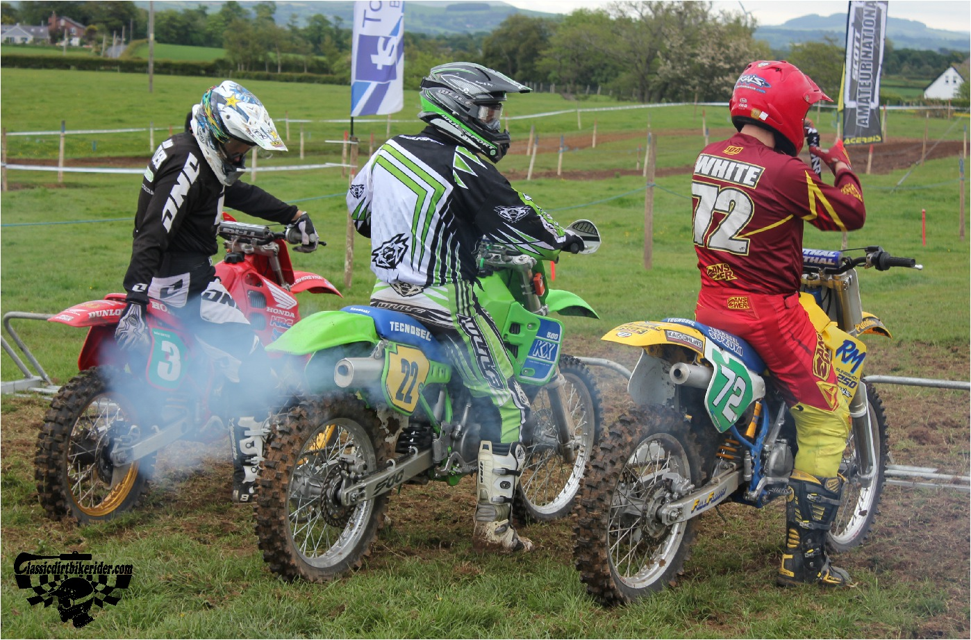 classicdirtbikerider.com-national-twinshock-championship-2015-Garstang-at the start gate ready to race 6