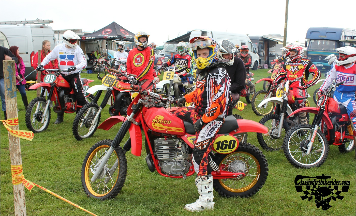 classicdirtbikerider.com-national-twinshock-championship-2015-Garstang-riders get ready for practice 22