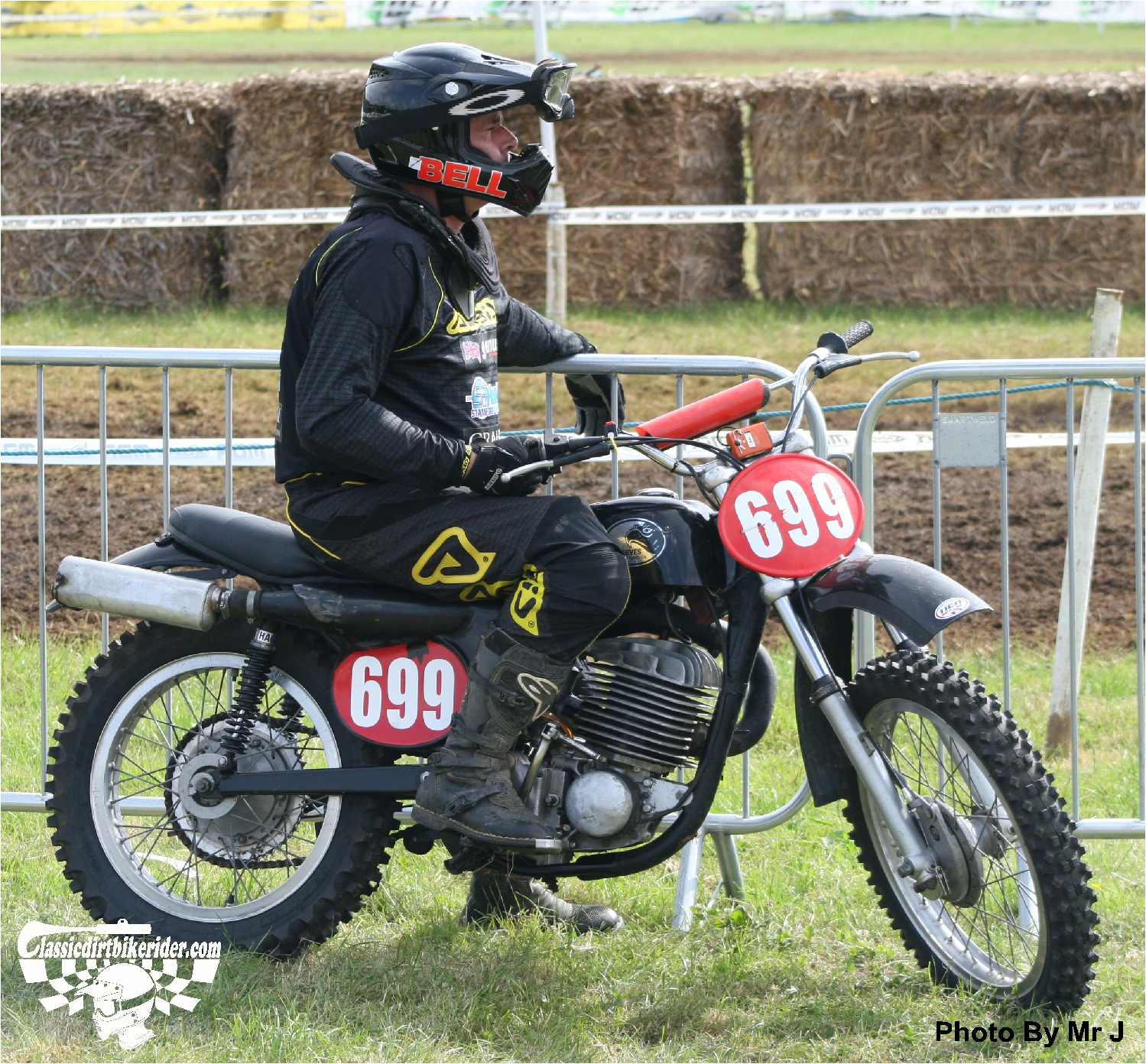king of the castle 2015 photos Farleigh Castle twinshock motocross classicdirtbikerider.com 137