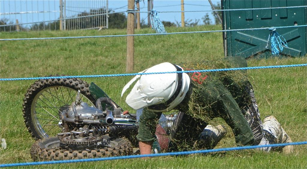 North Devon Atlantic MCC Classic Scramble Photos August 2015 classicdirtbikerider.com 14