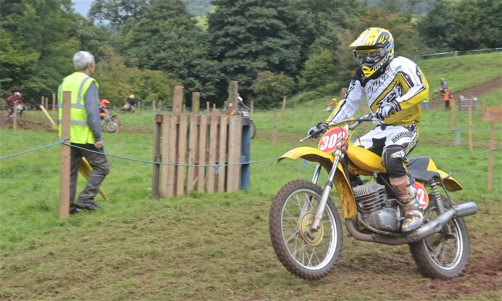 Llanthony Classic Scramble Photos September 2015 classicdirtbikerider.com..14