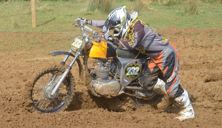 Northampton Classic Scramble Sproxton April 2016 www.classicdirtbikerider.com Photos by Eric Miles (10)