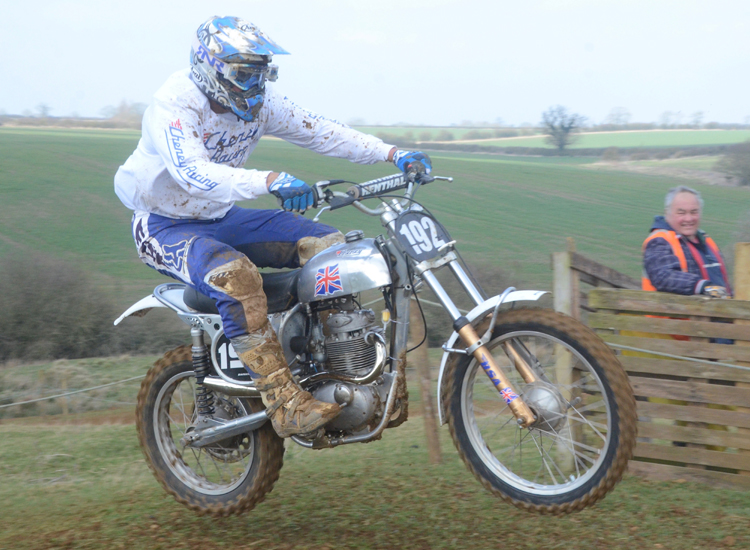Northampton Classic Scramble Sproxton April 2016 www.classicdirtbikerider.com Photos by Eric Miles (11)