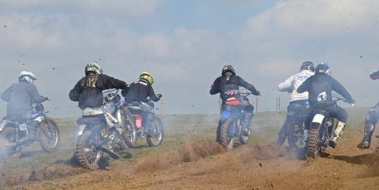 Northampton Classic Scramble Sproxton April 2016 www.classicdirtbikerider.com Photos by Eric Miles (22)