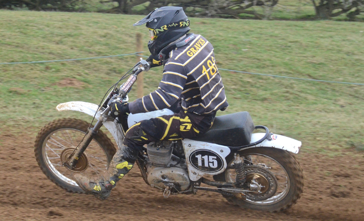 Northampton Classic Scramble Sproxton April 2016 www.classicdirtbikerider.com Photos by Eric Miles (29)