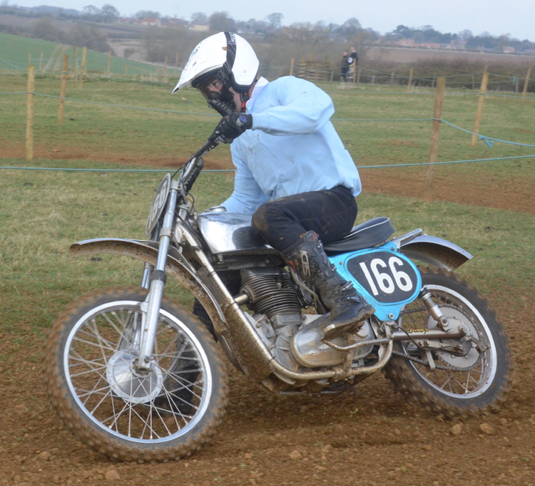 Northampton Classic Scramble Sproxton April 2016 www.classicdirtbikerider.com Photos by Eric Miles (32)