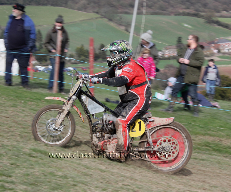 Red Marley Hill Climb 2016 Photos Pictures Report Results www.classicdirtbikerider.com 38