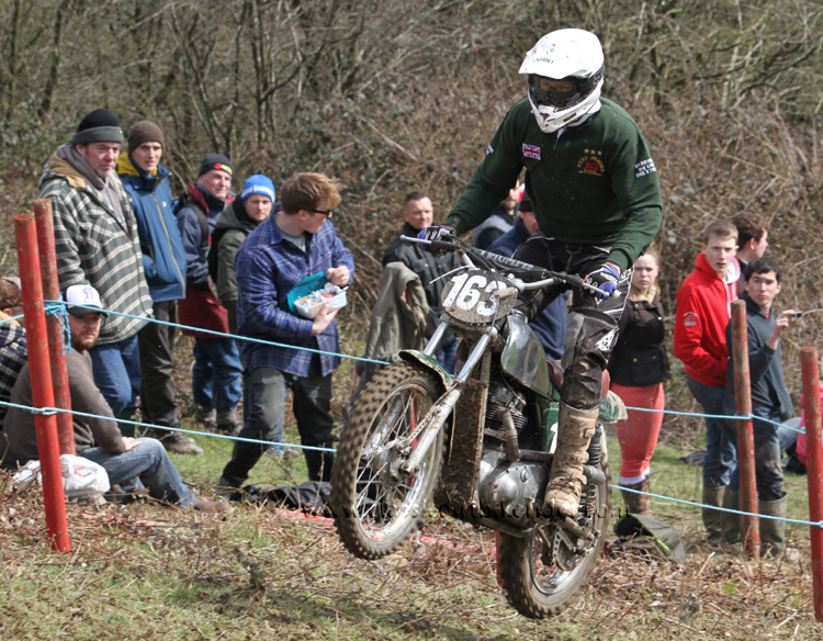 Red Marley Hill Climb 2016 Photos Pictures Report Results www.classicdirtbikerider.com 86