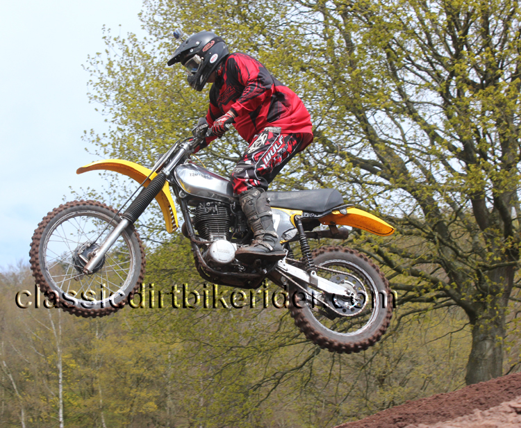 classicdirtbikerider.com Round 2 National Twinshock Championship 2016 Hawkstone Park April 30th (38)